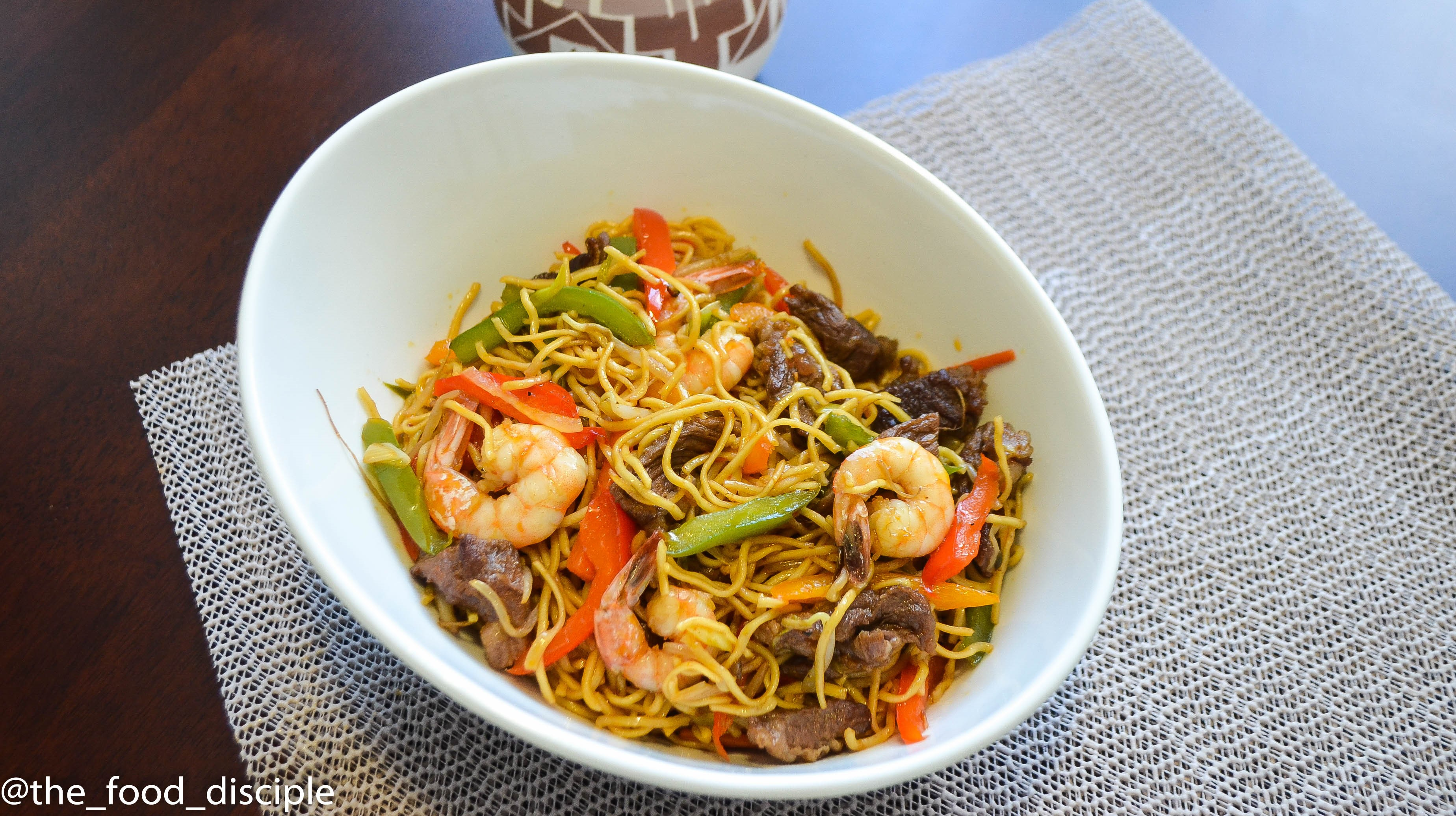 Chicken Chow Mein is the perfect easy weeknight meal! Best ...