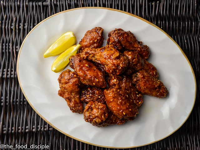 Chicken Wings with Spicy Honey Butter Sauce